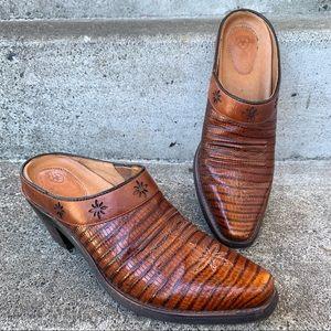 ARIAT Cognac Desert Star Western Mule Boot sz 6.5